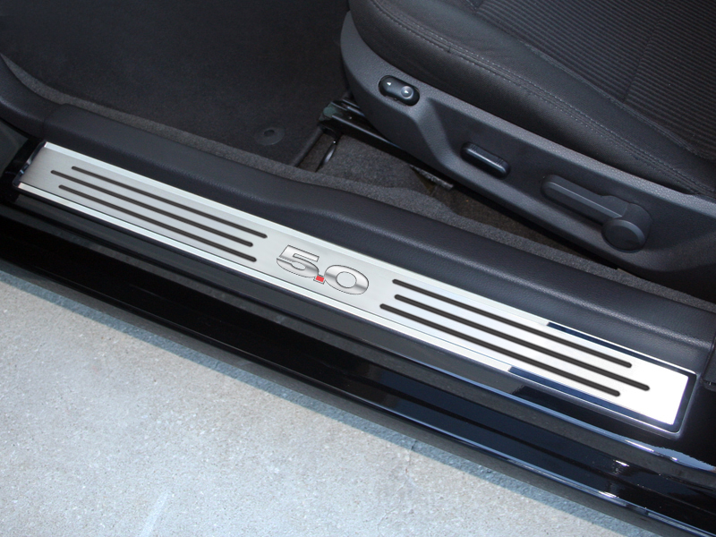 2010-2013 Ford Mustang Doorsills Polished/Brushed