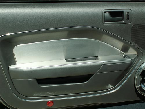 05-09 Stainless Door Panel Trim